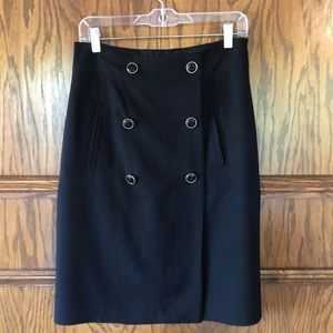 Banana Republic size 6 black pencil skirt